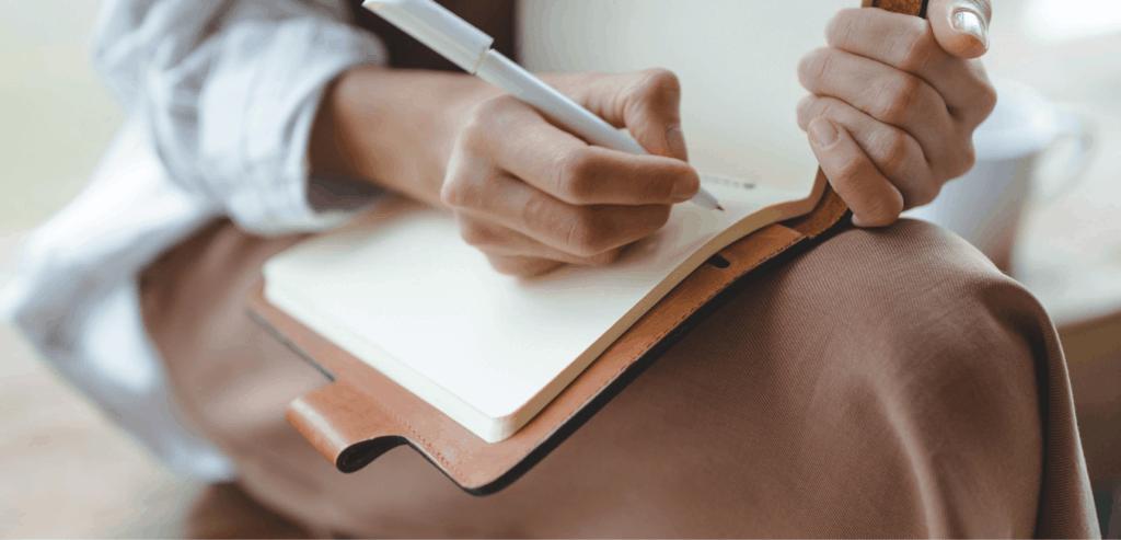 Content Writing vs. Copywriting Header